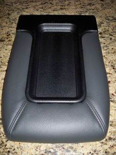 2005 chevy silverado center console in Consoles & Parts