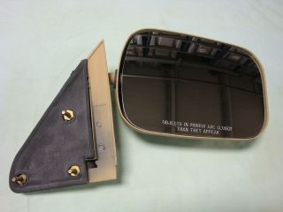 NOS OEM 1992 Chevy 4 Wheel Drive Truck Rear View Outside Mirror Right