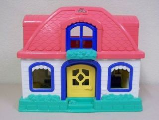 fisher price little people sweet sounds house in Dollhouses
