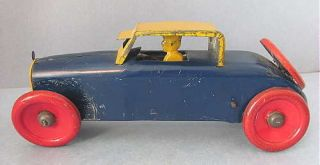 Vintage MARX Toy Tin Windup Early Coupe CAR Auto with Driver