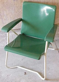 Vintage HEAVY DUTY Cavalier Lawn / Patio Folding Chair. Chattanooga TN