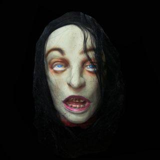 Halloween Bloody Severed Head Body Part Life Size Haunted House