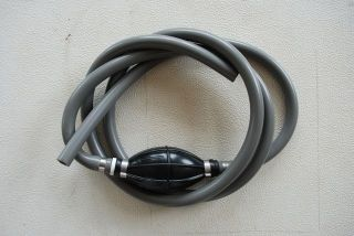 FUEL LINE WITH PRIMER BULB 1.5M UNIVERSAL REINFORCED 8mm CONNECTOR