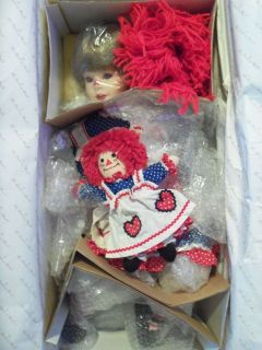 NIB Raggedy Ann Porcelain Dolls by Kelly Rubert   Danbury Mint