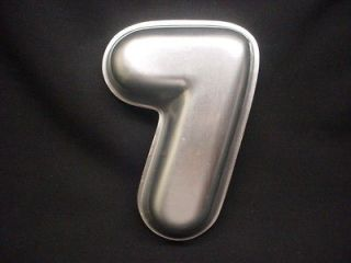Wilton NUMBER SEVEN cake pan #7 NO 7 mold 1976 tin Seventh BIRTHDAY