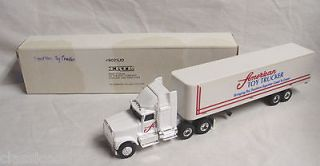 ERTL AMERICAN TOY TRUCKER SEMI TRUCK & TRAILER SET 1/64 SCALE 1989