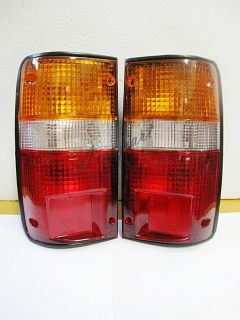 TOYOTA HILUX PICKUP TRUCK 4x2 4x4 89   95 TAIL LIGHTS PREMIUM OEM PAIR
