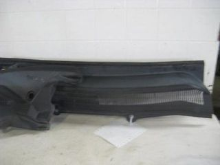 05 06 07 08 FORD MUSTANG WINDSHIELD WIPER COWL PANEL (Fits Mustang)
