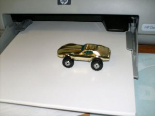 VINTAGE HOT WHEELS 1975 20TH ANNIVERSARY CORVETTE GOLD JACKED UP