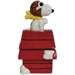 Peanuts Flying Ace SNOOPY On Doghouse SALT & PEPPER SHAKERS SET Shaker