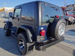 jeep wrangler hard top in Parts & Accessories