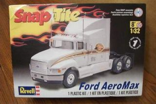 revell snap tite ford aeromax 1 32 scale model kit