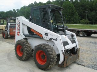 Bobcat Skid Steer Loader 863 Used Comes with Bucket