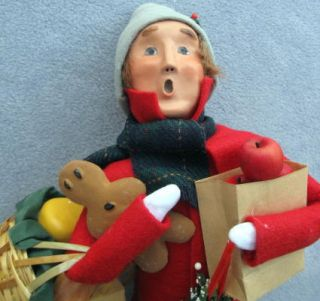 Byers Choice Caroler Traditional Shopper Man Cheese New