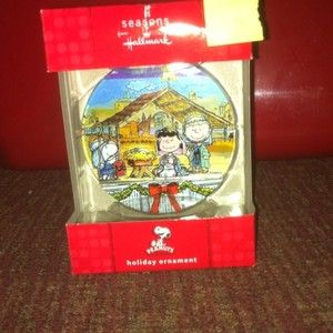 Hallmark Peanuts Snoopy Nativity Christmas Pageant Ornament Retired