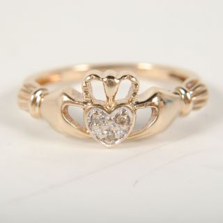 Ladies 10k Yellow Gold Diamond Claddagh Ring Size 5   1.0dwt