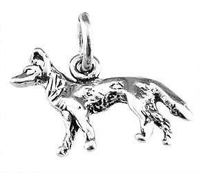 STERLING SILVER SMALL GERMAN SHEPHERD CHARM/PENDANT