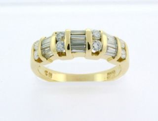 Beautiful Solid 14k Yellow Gold Diamond Ring Size 8