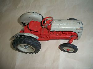 Vintage Diecast Ford Farm Tractor Toy Ertl Co Iowa