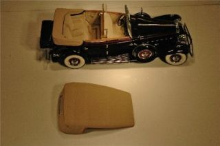 Mint 124 Scale, 1932 Cadillac V 16 Sport Phaeton 4 Door   Eliot Ness