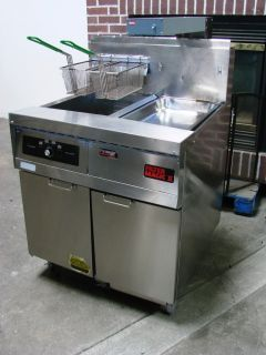 Frymaster FMH150SC Filter Magic II Gas Deep Fryer with Heating Station