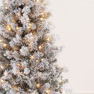 Flocked 6.5 Pre Lit 300 clear lights with 518 tips Christmas Tree