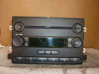 05 06 Ford Freestyle Five Hundred Radio CD Player 6F9T 18C869 BB