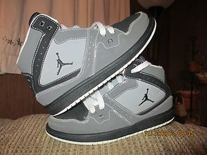 Athletic Tennis Shoes Nike Air Jordan Basketball Jumpman Gray