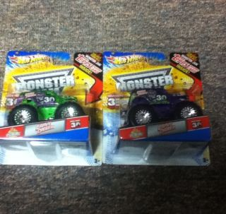 GRAVE DIGGER MONSTER TRUCK MONSTER JAM SPECTRAFLAME PURPLE And Green