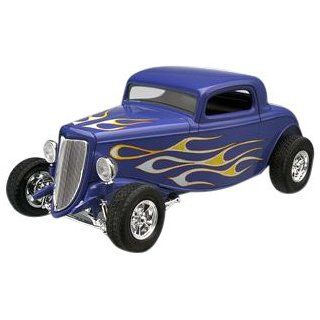 Revell 125 34 Ford Street Rod Toys & Games
