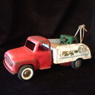 Buddy L Toy Tow Truck