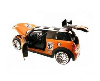 Jada Toys Dub City Mini Cooper S Hard Top #37 2007 1/24 diecast car