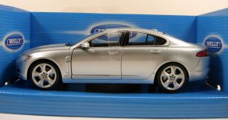 Welly Jaguar XF 1 24 Scale 8 Diecast Model Car Brand New in Box