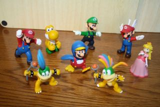 New Super Mario Bros Wii Action Figures Mario Luigi Peach Kooplings