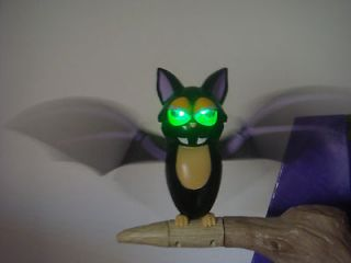 ANIMATED HALLOWEEN MOVING GEMMY SPINNING TALKING BAT MOTIONETTE