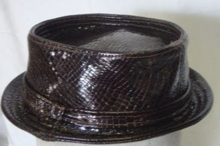 pork pie hat rich brown patent leather snake effect L 58/59 cm