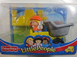 New in Box Fisher Price Little People Yellow Truck 1.5 5Y