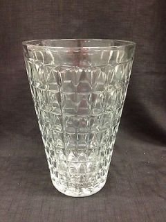 EO BRODY CO CLEVELAND OHIO USA VINTAGE 10H CUT GLASS VASE NO 120