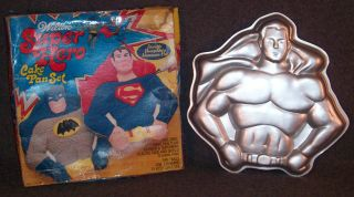 1977 Wilton SUPER HERO BATMAN SUPERMAN CAKE PAN Box