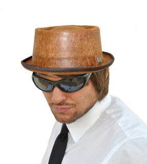 NEW & BOXED TRILBY PORKPIE PORK PIE HAT   LEATHER LOOK FAUX LEATHER