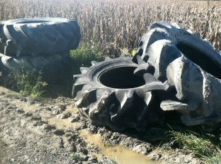 24 5 32 GOODYEAR R 2 COMBINE TRACTOR SWAMP BUGGY TIRES NO RIMS 4 TIRES