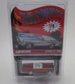 Hot Wheels 2012 Red Line Club Red Classic 57 T Bird w Collectors