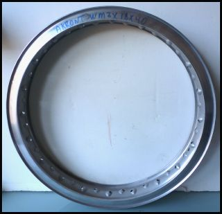 AKRONT ALLOY WM3 18 MOTORCYCLE WHEEL RIM BSA TRIUMPH NORTON MATCHLESS